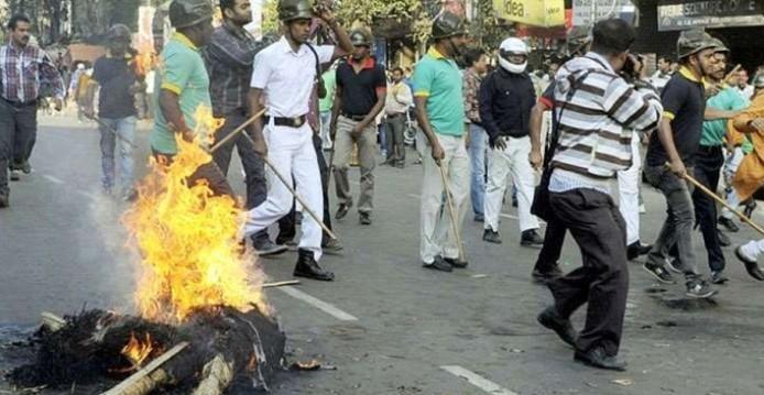 India muslim hindu bentrok