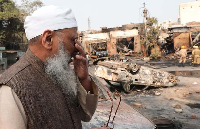Masjid dibakar di India