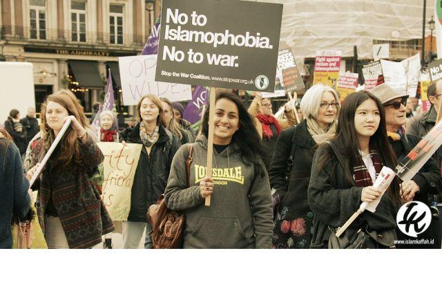 Rasulullah Menghadapi Islamofobia