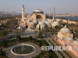 Hagia Sophia Di Istanbul 200711143022 580