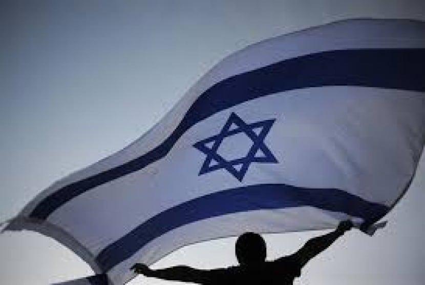 Bendera Israel Dikibarkan 150712110458 815