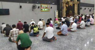 Salat Jamaah Di Masjid Di Tengan Pandemi Covid 19