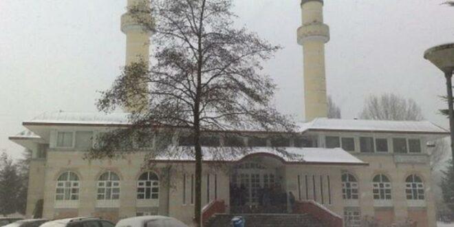 Masjid Sultan Ahmed di Zaandam Belanda