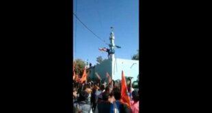 Massa Hindu garis keras merusak sebuah masjid di India