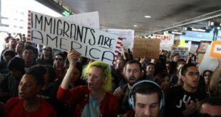 Larangan Masukanya Wisatawa Muslim Dari Donald Trump Memicu Protes 170204035428 879