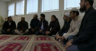 muslim inggris membutuhkan sarana lahan pemakaman islam  191214114657 934