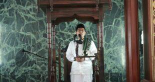 kh cholil nafis phd memberikan khutbah jumat di masjid 200626202726 681
