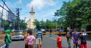 ledakan di gereja katedral makassar foto ibnu munsirdetikcom 169