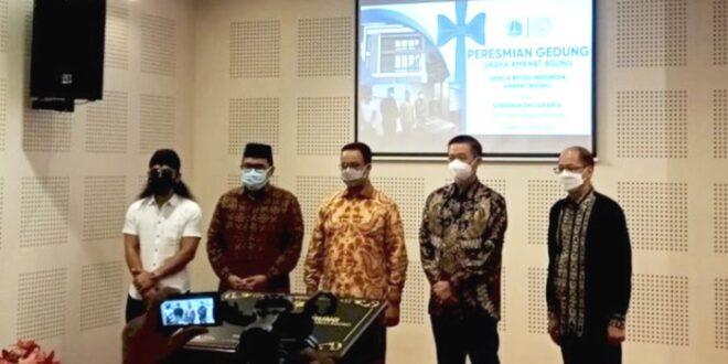 Gus Miftah kiri bersama Gubernur DKI Jakarta dan undangan lainnya di peresmian GBI Amanat Agung