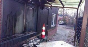 sebuah masjid dilaporkan dibakar orang foto sebuah masjid id 210404102315 973