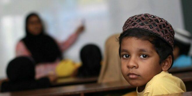 bocah maladewa belajar alquran di sebuah madrasah ilustrasi  140401192051 854