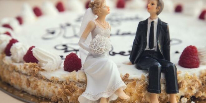 ilustrasi pernikahan 200928143234 273