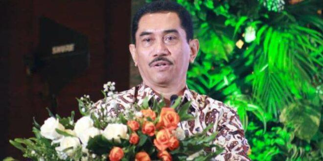 Komjen Pol purn Drs. Suhardi Alius M.H.