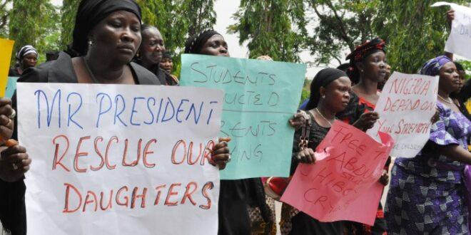 Para ibu siswa Sekolah Islam di Nigeria meminta pemerintah segera bebaskan putra putrinya