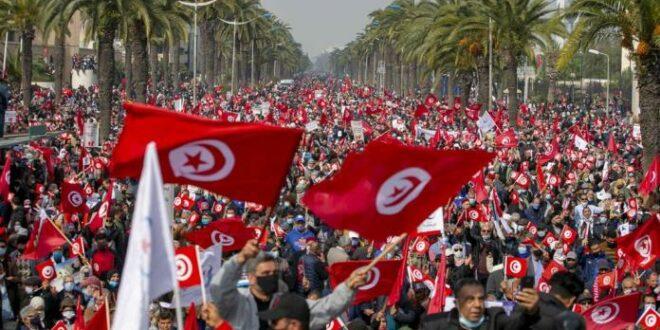 Protes masyarakat Tunisia terkait kendali Ikhwanul Muslimin di parleman