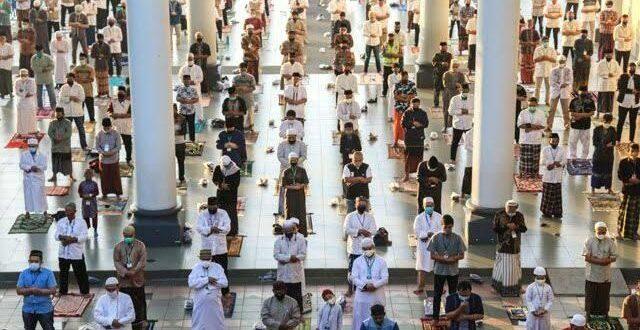 Salat Idul Adha di Masjid