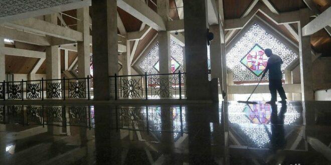 masjid at tin