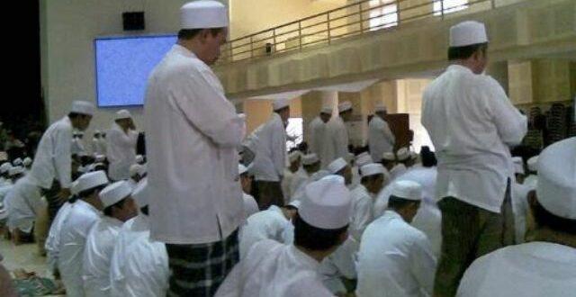 shalat tahiyyatul masjid saat khutbah
