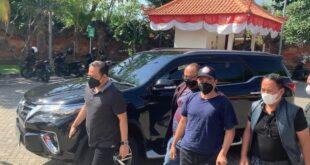 M Kece saat ditangkap Bareskrim Polri di Bali
