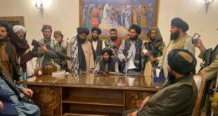 Taliban saat menduduki Istana Presiden Afghanistan