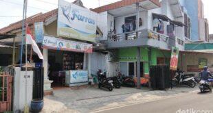 Tempat usaha terduga teroris di Malang yang juga manajer sebuah lembaga amal dan zakat