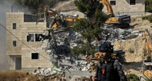 Tentara Israel ratakan bangunan dengan Masjid Ibrahim Hebron