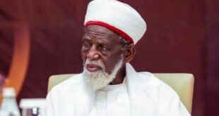 kepala imam ghana sheikh osman sharubutu menyumbangkan lebih dari