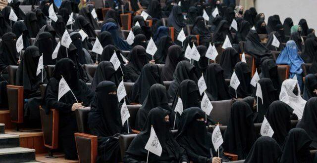 mahasiswi taliban